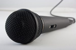 microphone-1068289_1280